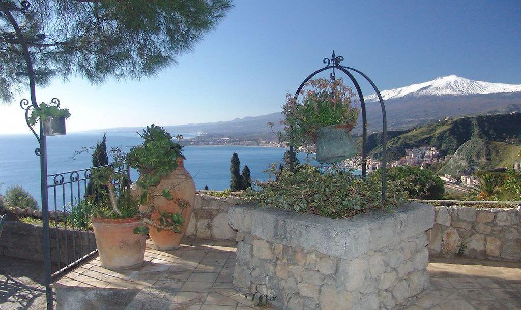 Bel Soggiorno Taormina | 3 familiengeführte Unterkunft und Blick auf ...